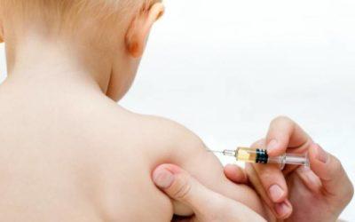 Começa campanha de vacinação contra pólio e sarampo